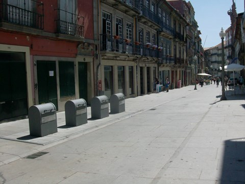 Photograph of the Flores Street that has been transformed into a shared Street
